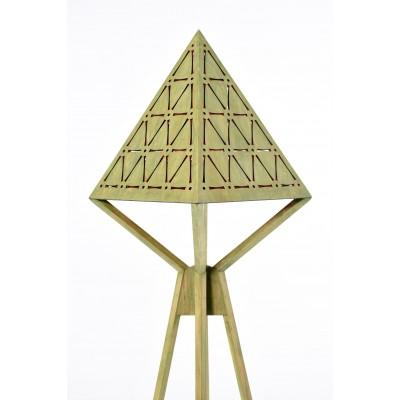 Ahşap Piramit Lambader